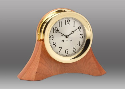 6inch_moser_clock_on_base